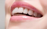牙齿看相,分析有牙缝的面相