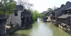 住宅后面有条河,会有什么影响呢?
